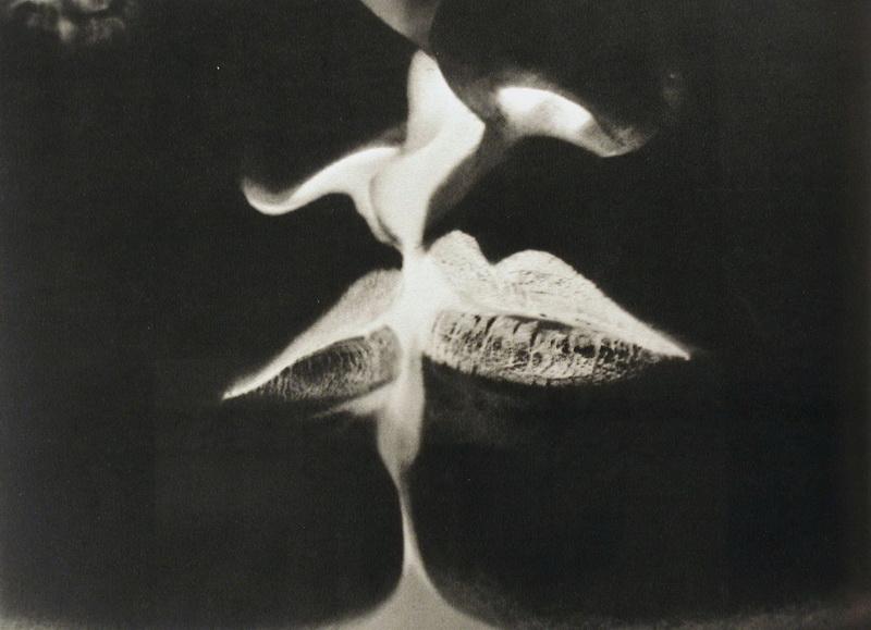 Man Ray. Negative Kiss