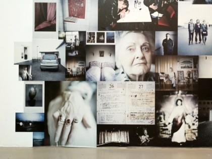 Видео с открытия выставки польского фотографа Рафала Милаха «В машине с Р.»
